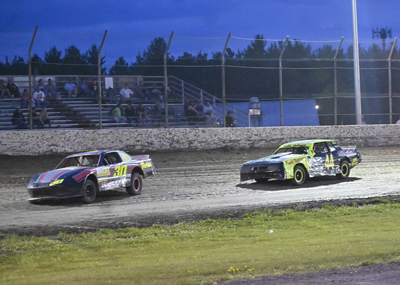 Zack Daniels (30) wins over Tylor Terry (44) in the Hartson Total Opening Renegades A Main